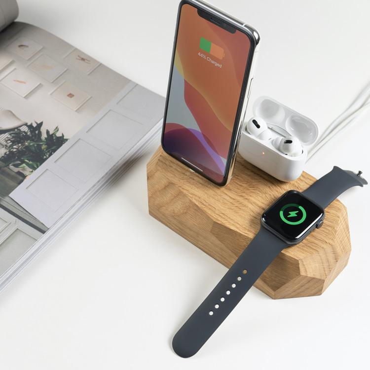 Oakywood Triple Charging Dock for iPhone, Apple watch, and airpods