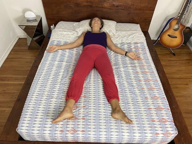 Bedtime yoga: Corpse pose